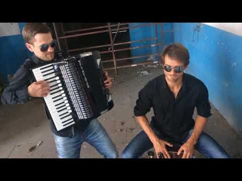 "Duo Druckluft: ""Staub"" - Akkordeon-Cajon-Combo live"